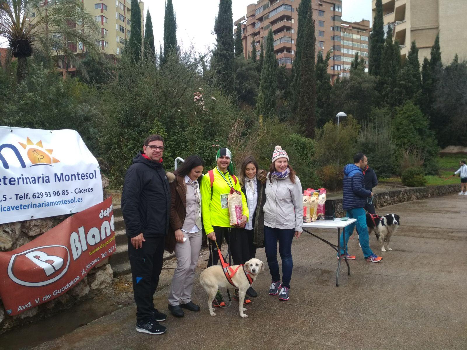 El CD Navalmaratón estuvo en Badajoz, Cáceres y Coslada (2)