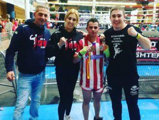 El moralo Jesús Solís, plata en kick boxing en el Tercer Open de Guadalajara