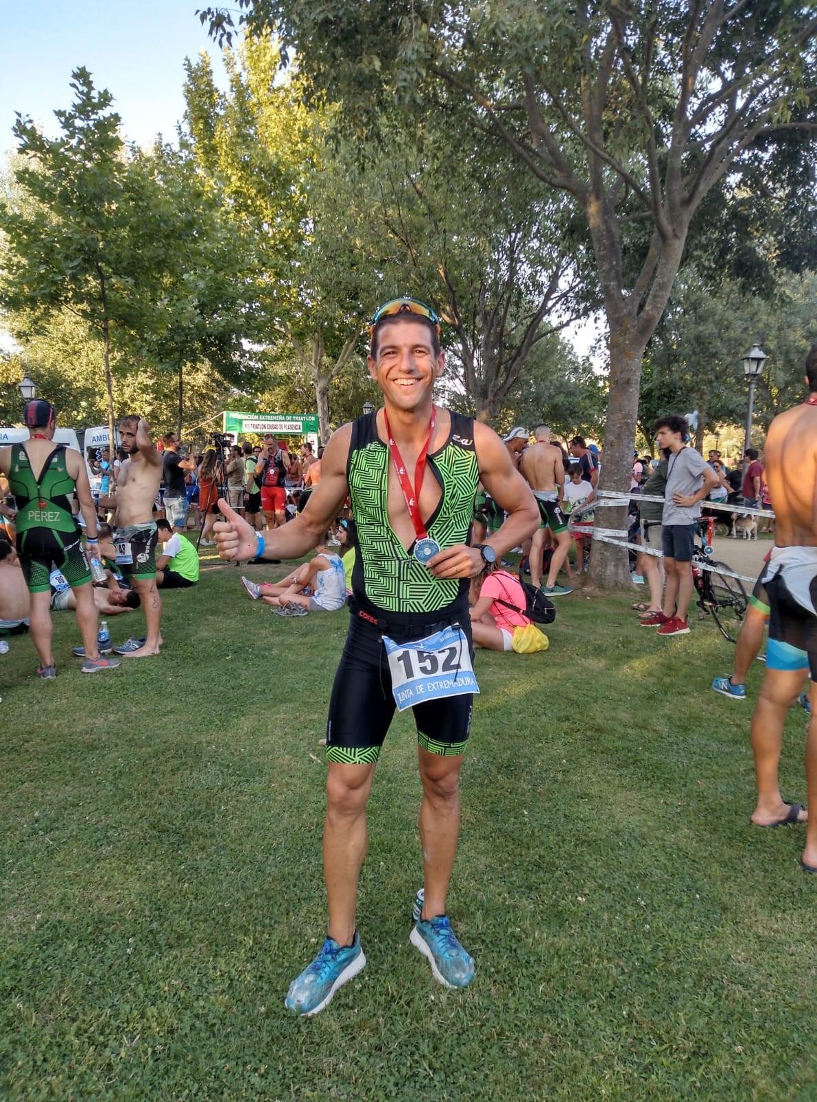 Jorge Campos Pizarro noveno de su categoría en el XIII triatlón ciudad de Plasencia