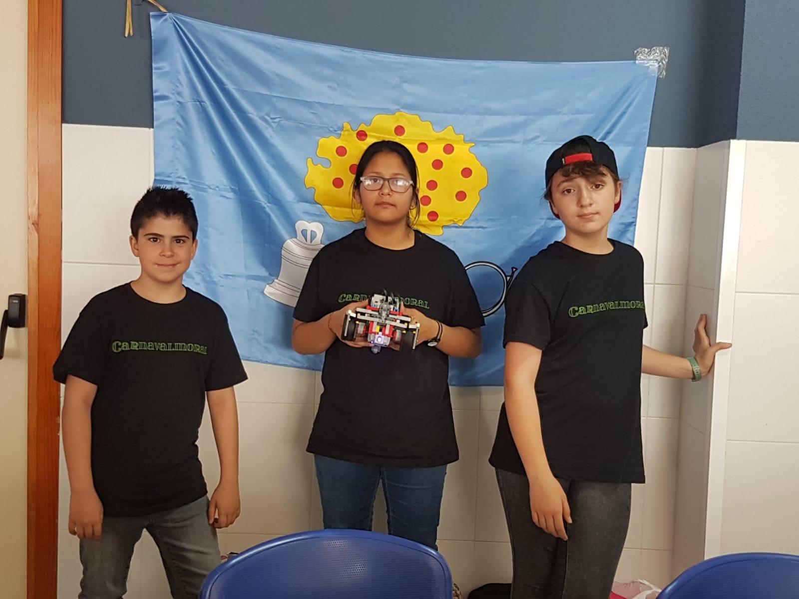 ArcaDroidEx participó en la final nacional de la competición de Robótica World Robot Olympiad